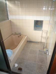 W800Q75_浴室 前